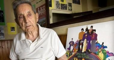 Muere Juan Carrión, el profesor español 'amigo' de John Lennon