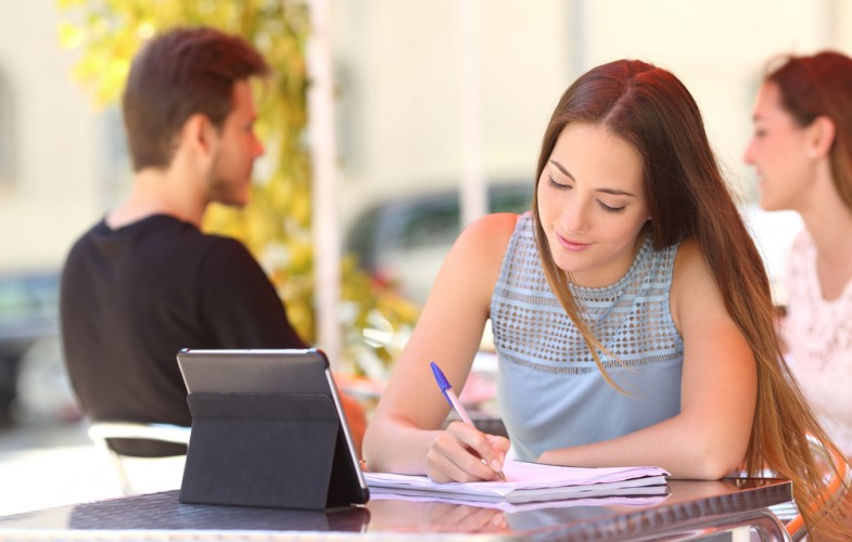 Banco Santander se une a Schoolab para formar a emprendedores