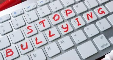 ¿Cómo saber si mi hijo es un cyberbully o acosador?