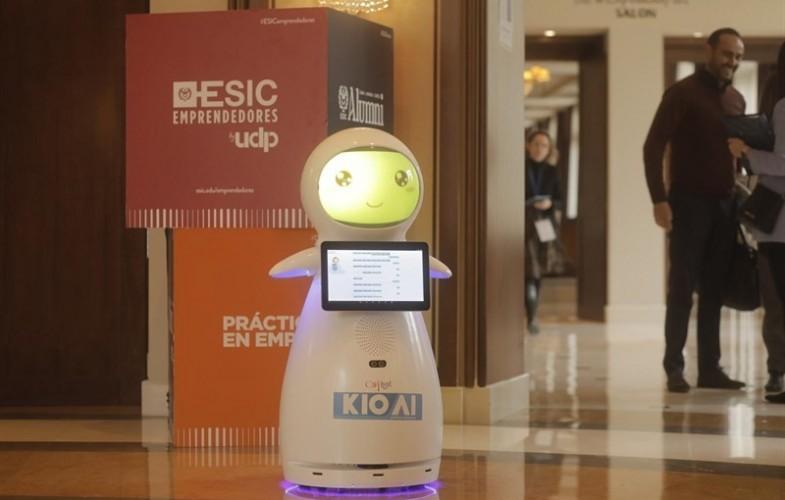 Snow, el robot de IBM contra el bullying y el ciberacoso