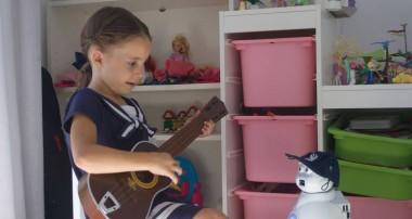 Aisoy1 Kik, el mejor aliado de los niños autistas o hiperactivos