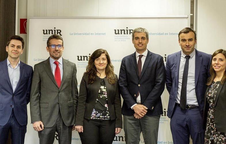 Linkia FP y la UNIR dan continuidad universitaria a los estudios de FP a distancia