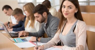 Más de 100 cursos gratis de profesiones con todo el futuro del mundo