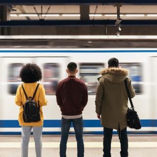 Deja gratis el coche en la 'uni' y vete en metro