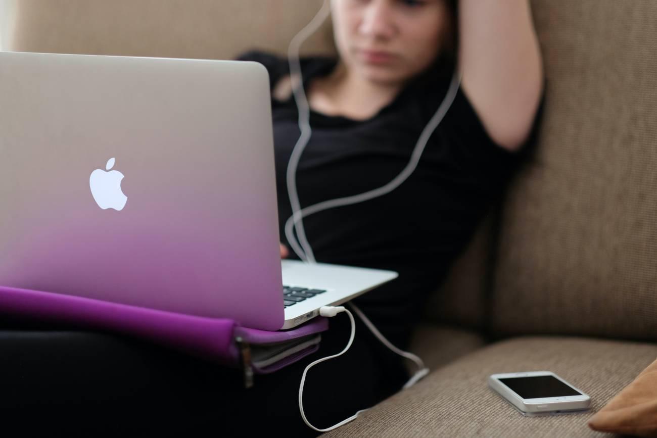 estudiante jóvenes ordenador