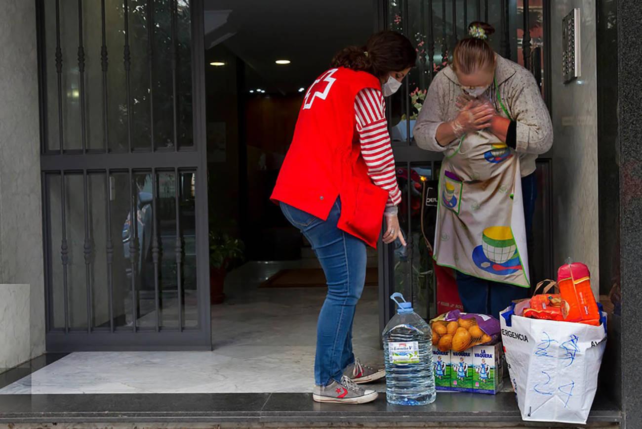 Cruz Roja, Voluntarios
